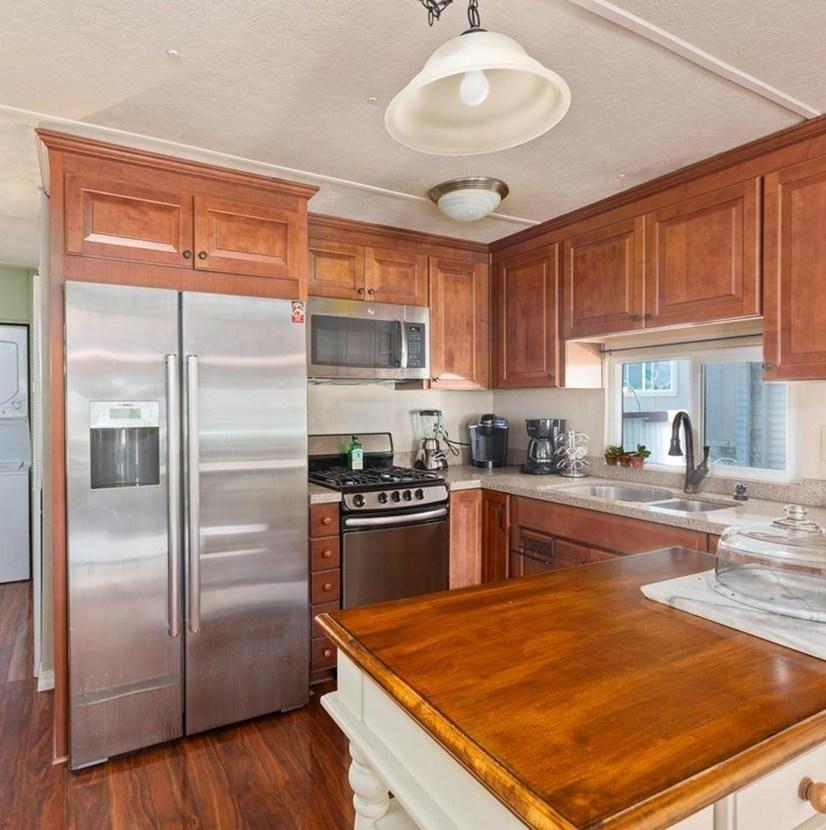 Kitchen Cabinets in Shenandoah Winchester Maple Square Cognac