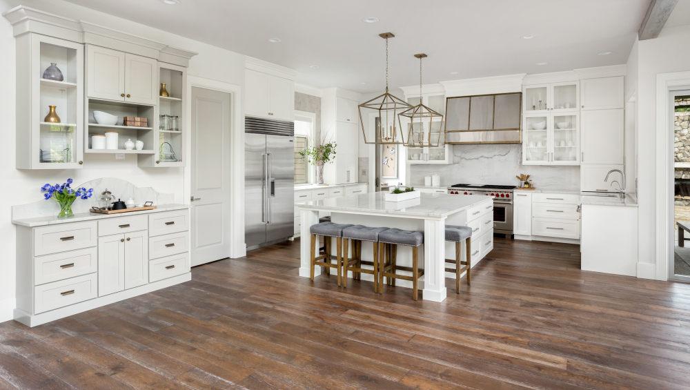 Home-interior-with-hardwood-flooring